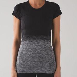 Lululemon Run Swiftly T-shirt -EUC